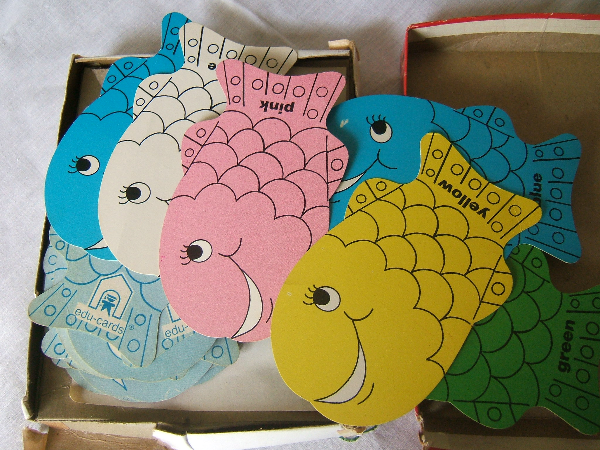 Shaped go fish vintage card game you