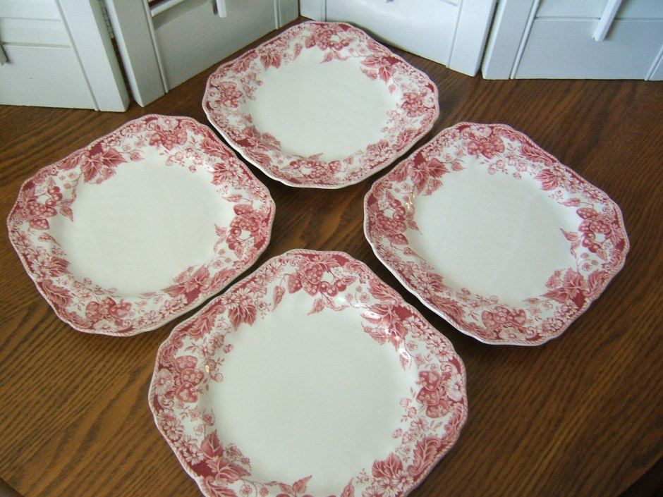 Strawberry Fair Square Plates